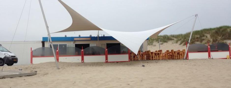 Design overkapping voor strandpaviljoen