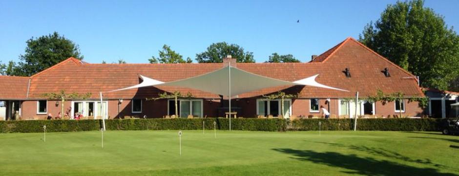 Terrasoverkapping design bij golfclub