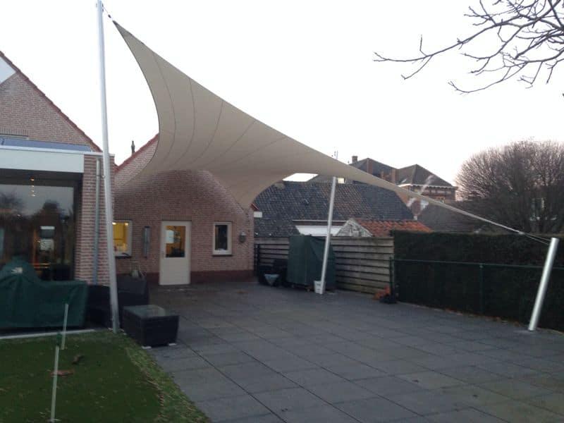 terrasoverkapping-op-maat-ontworpen